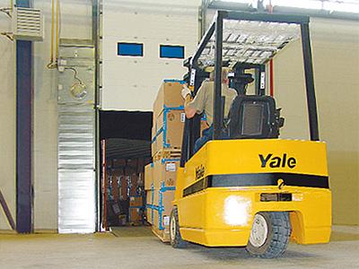 Вопрос сохранности товара решают склады
