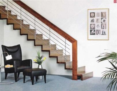 Из какого материала лучше сделать лестницу?