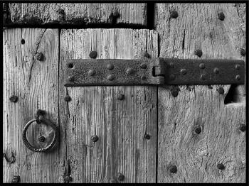 Дом начинается с двери или как отремонтировать старую дверь?