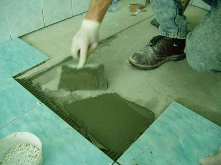 Как отремонтировать поврежденные поверхности, облицованные кафелем?