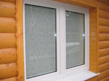 Как устанавливают пластиковые окна в деревянном доме?
