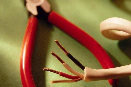 Основные причины нагрева электропроводки